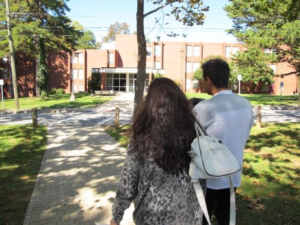 Vi tar en tur runt sonens universitet
